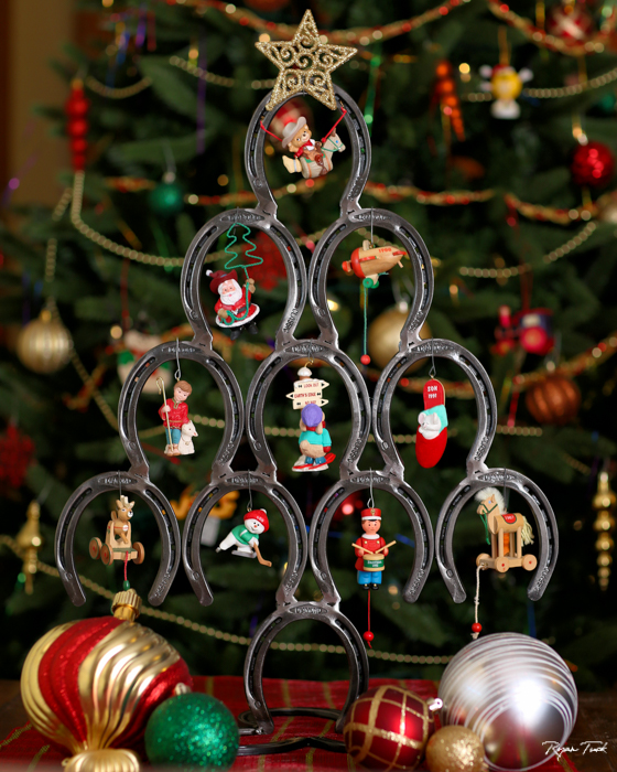 horseshoechristmastree.RyanTuckBlacksmith.jpg