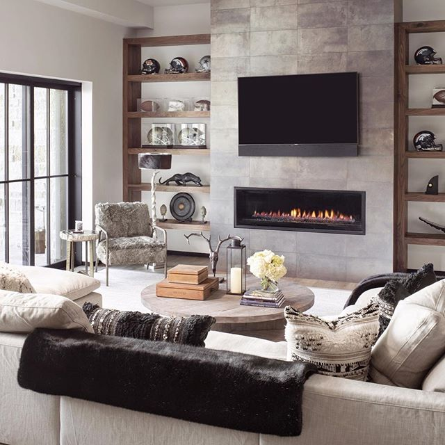 Easy like Sunday morning.... . . . #lovewhereyoulive #mountainhouse #familytime #restorationhardware #cloudsectional #cozy