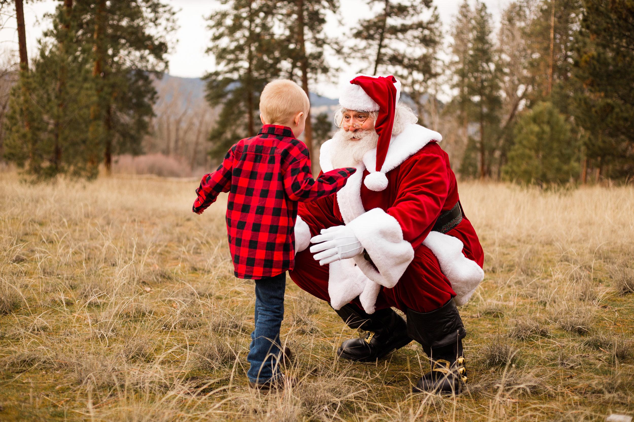 missoula-montana-christmas-santa-photos-15.jpg