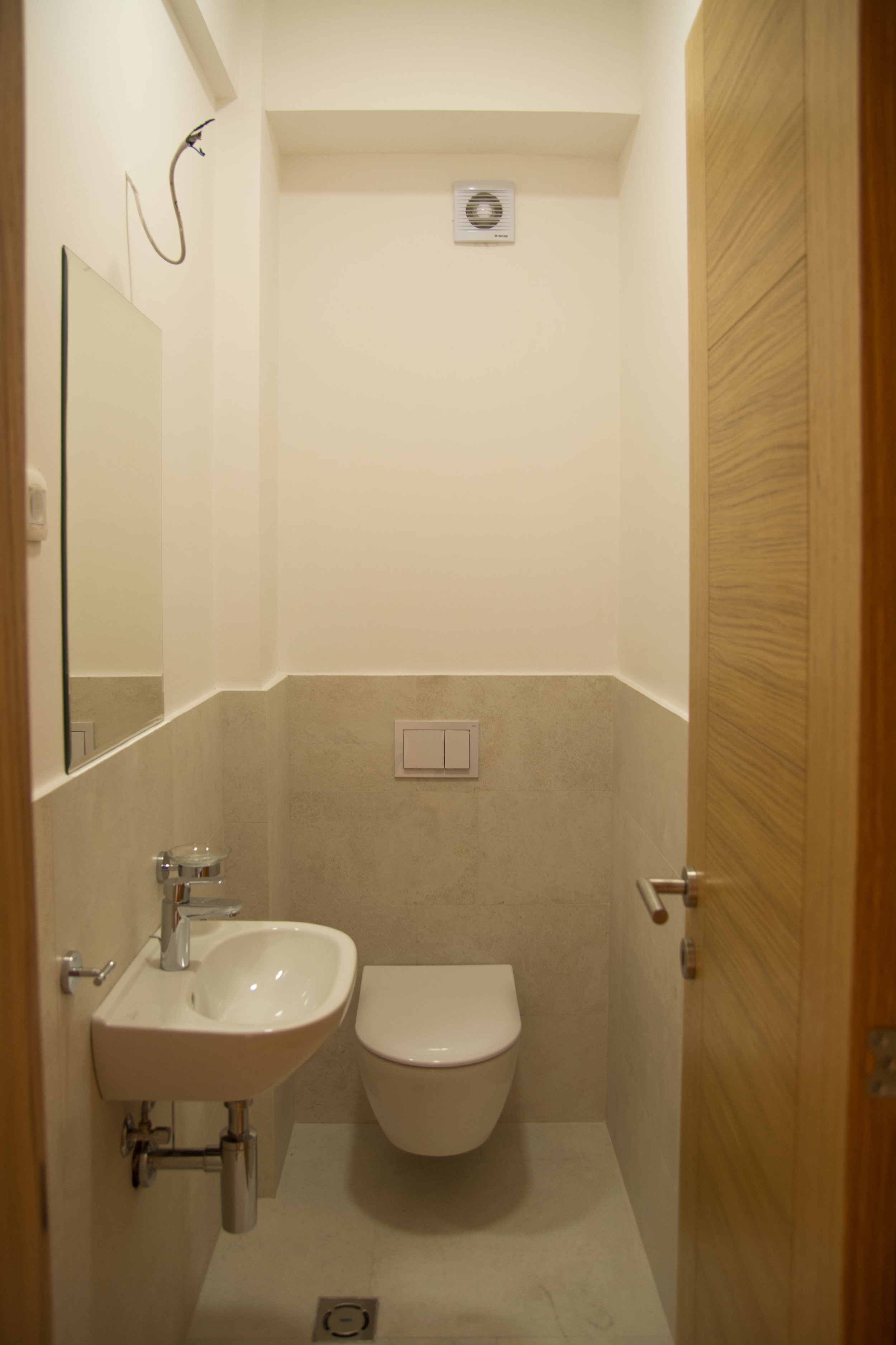 tivat-two-bedroom-apartment-for-sale-property-in-montenegro (5).jpg