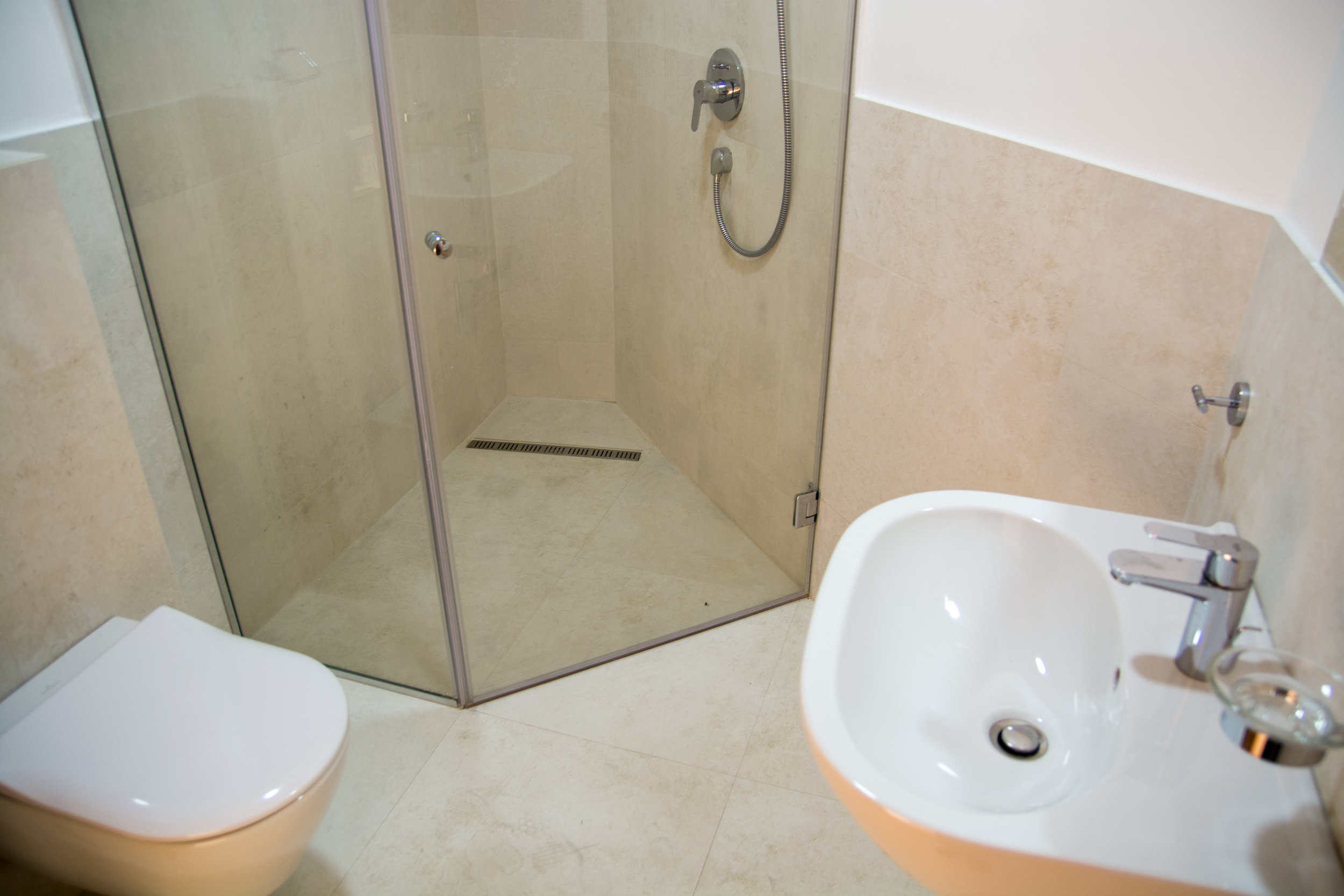 tivat-two-bedroom-apartment-for-sale-property-in-montenegro (7).jpg