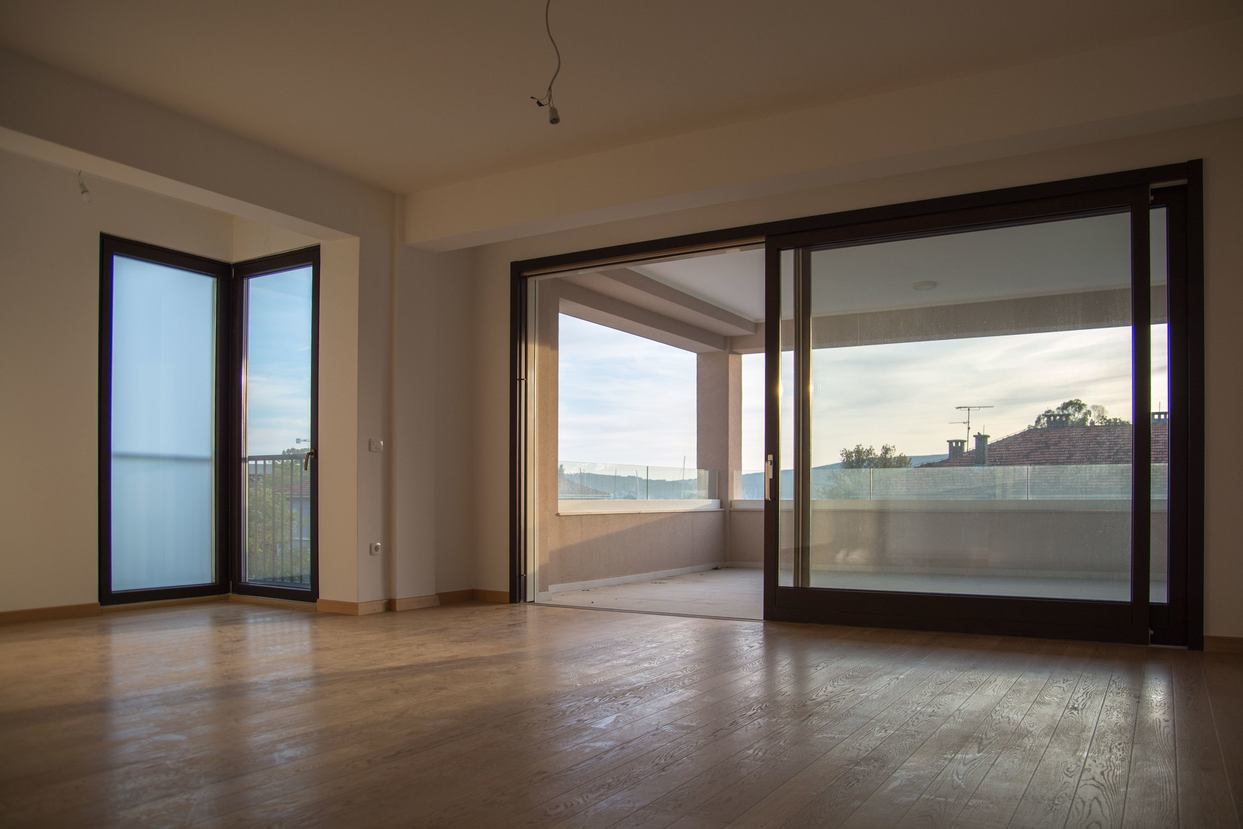 tivat-two-bedroom-apartment-for-sale-property-in-montenegro (9).jpg