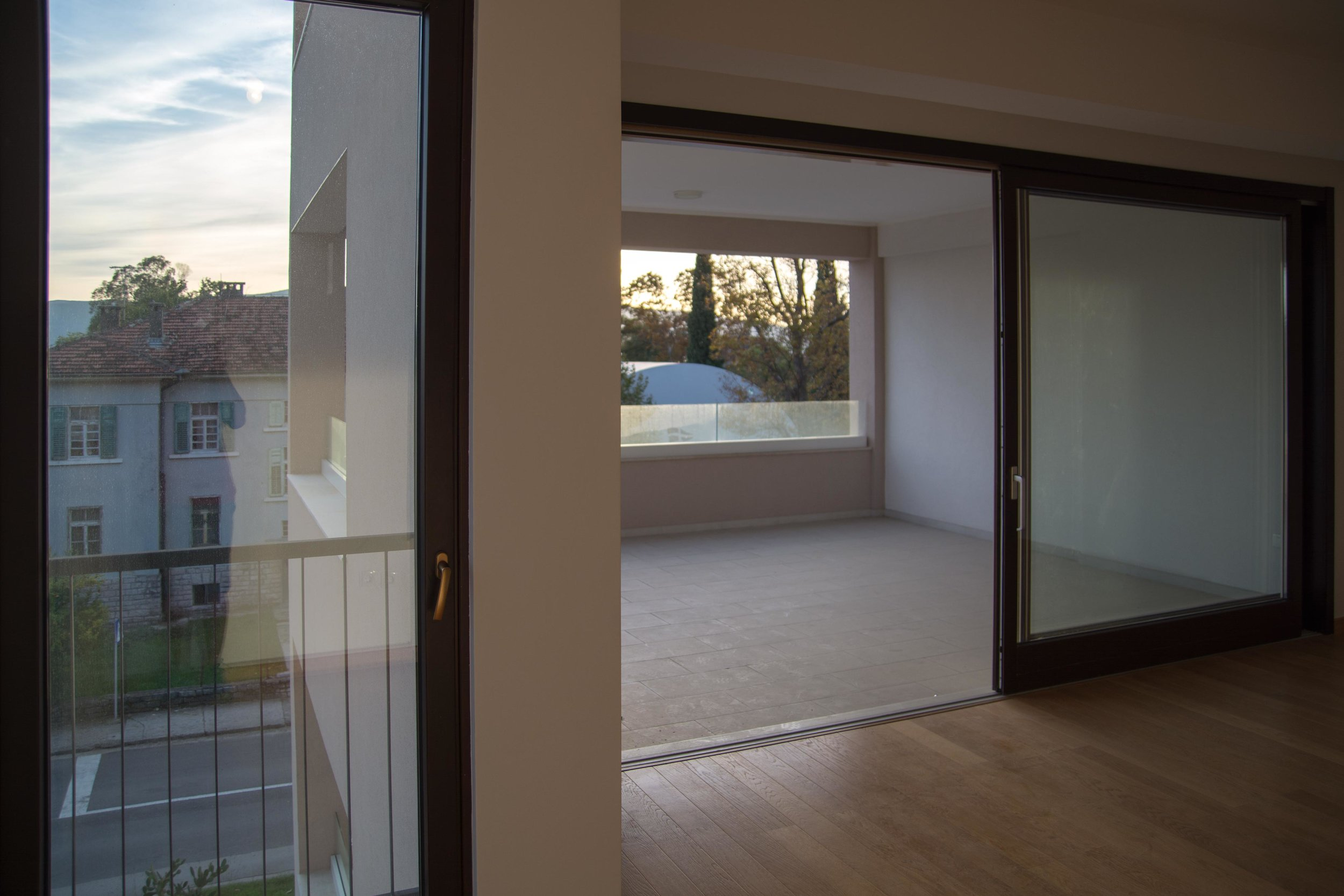 tivat-two-bedroom-apartment-for-sale-property-in-montenegro (10).jpg