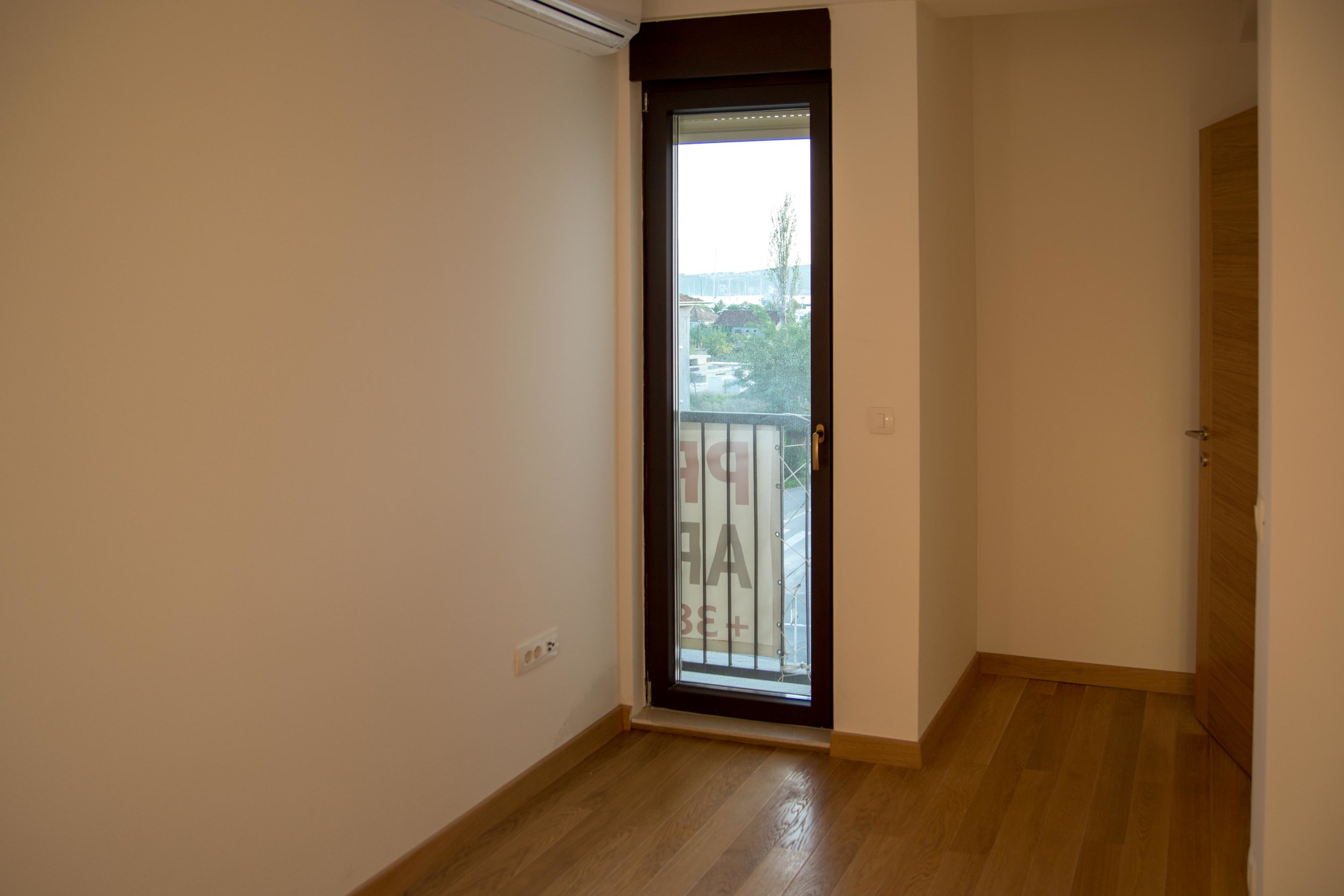 tivat-two-bedroom-apartment-for-sale-property-in-montenegro (16).jpg
