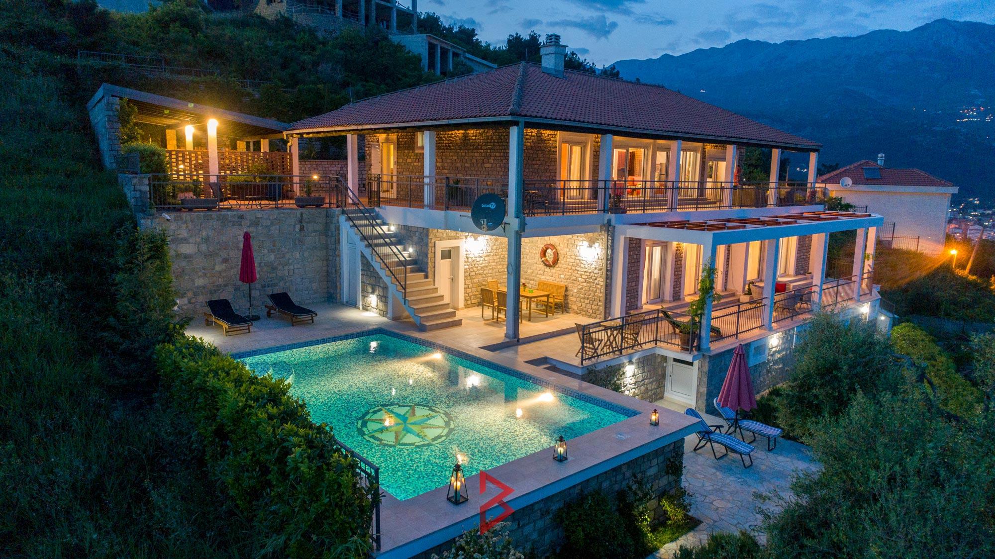 luxury-villa-for-rent-budva-montenegro (2).jpg