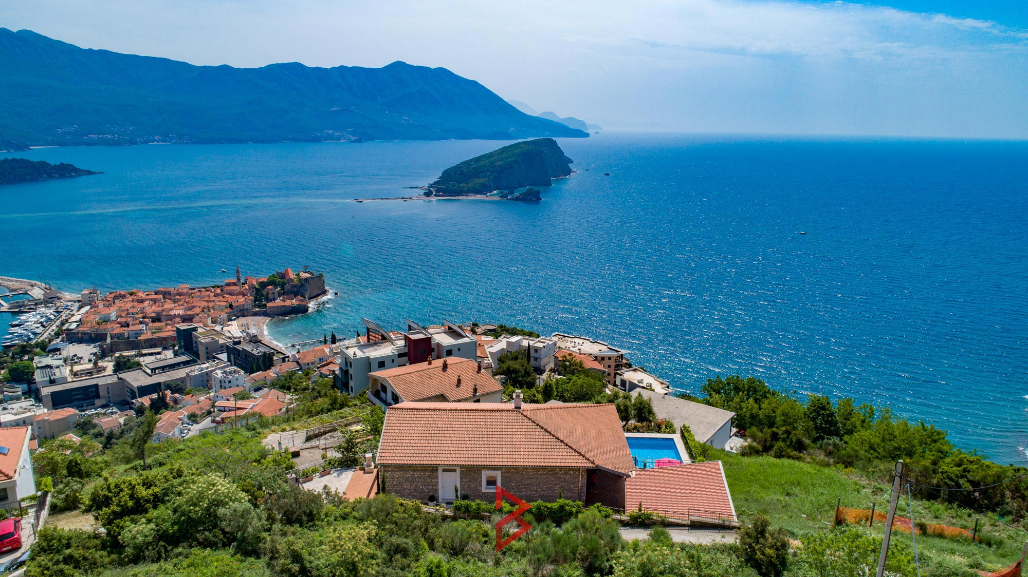 luxury-villa-for-rent-budva-montenegro (11).jpg