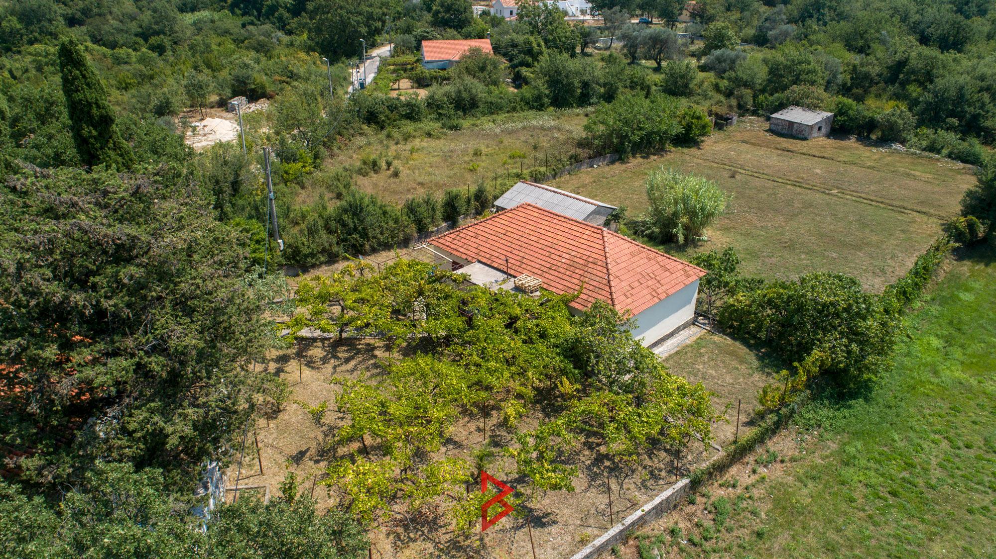 Land for sale in Radanovici
