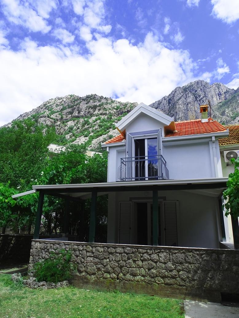 house for sale in orahovac 1.JPG