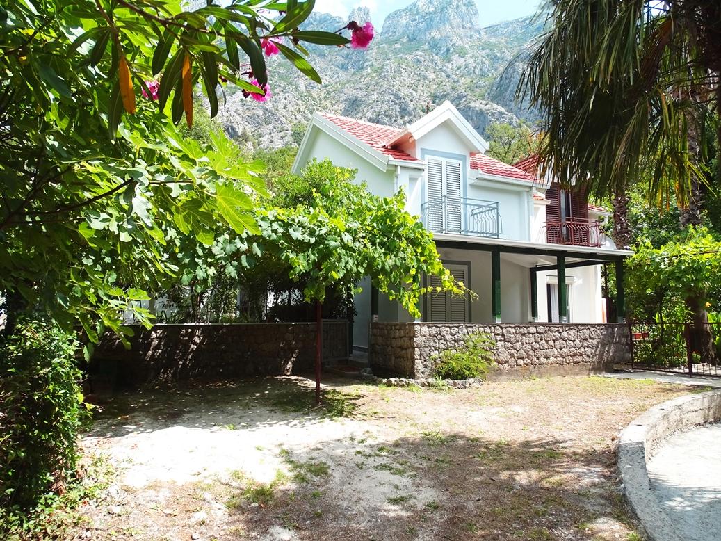 house for sale in orahovac 0.JPG