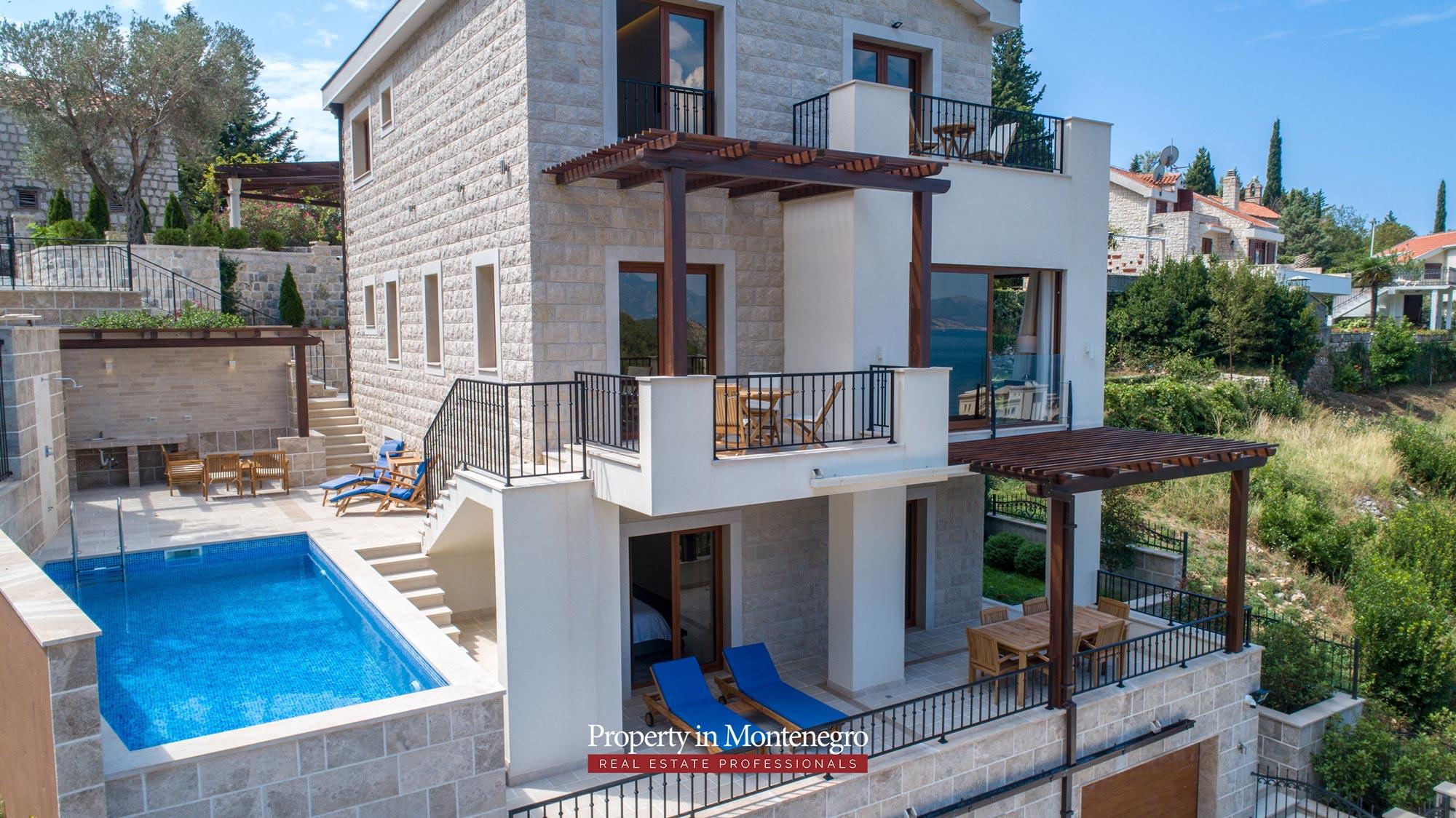 luxury-villa-with-swimming-pool-for-sale-in-Budva (24).jpg