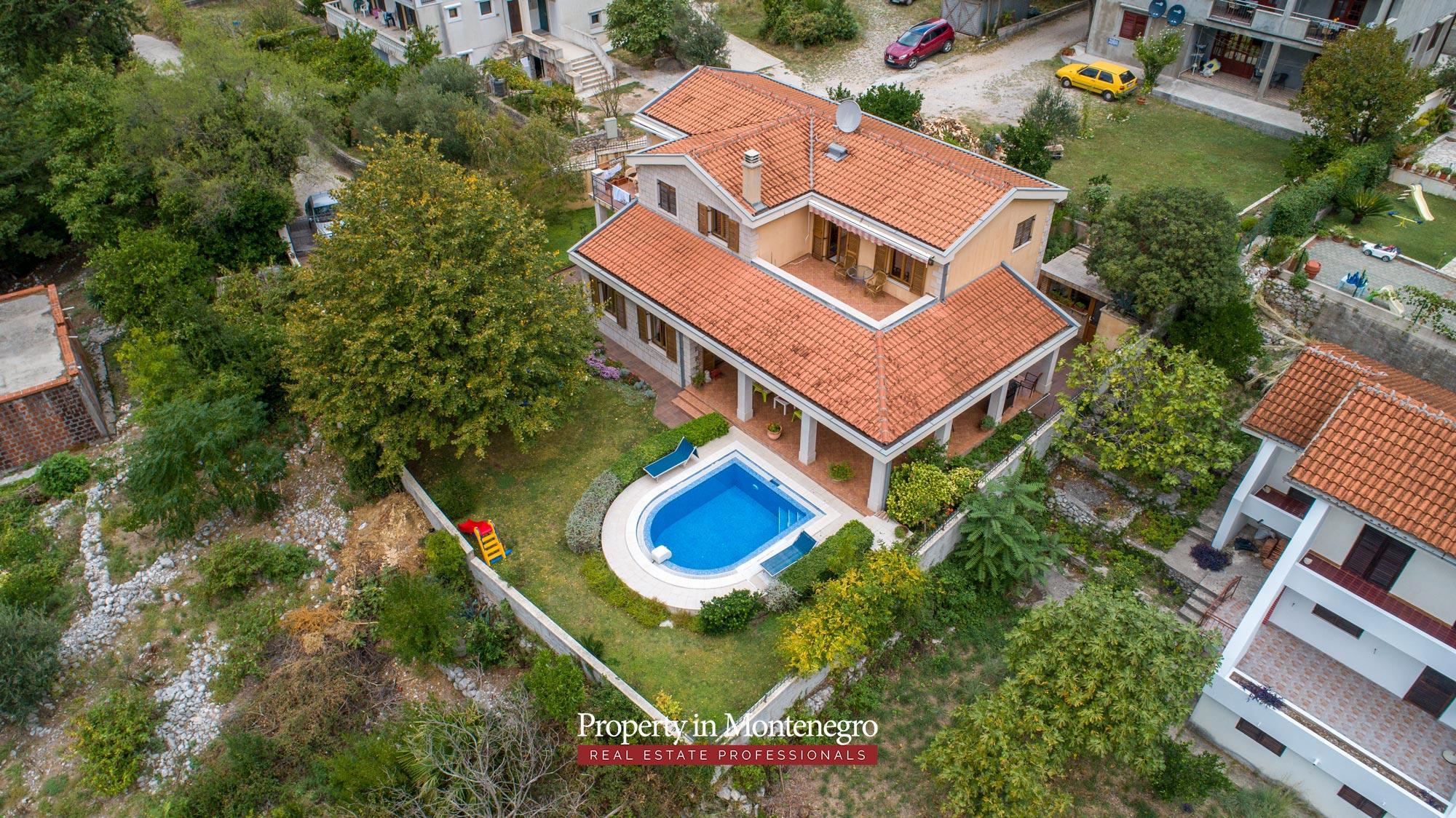 luxury-house-for-sale-in-Bay-of-Kotor (10).jpg