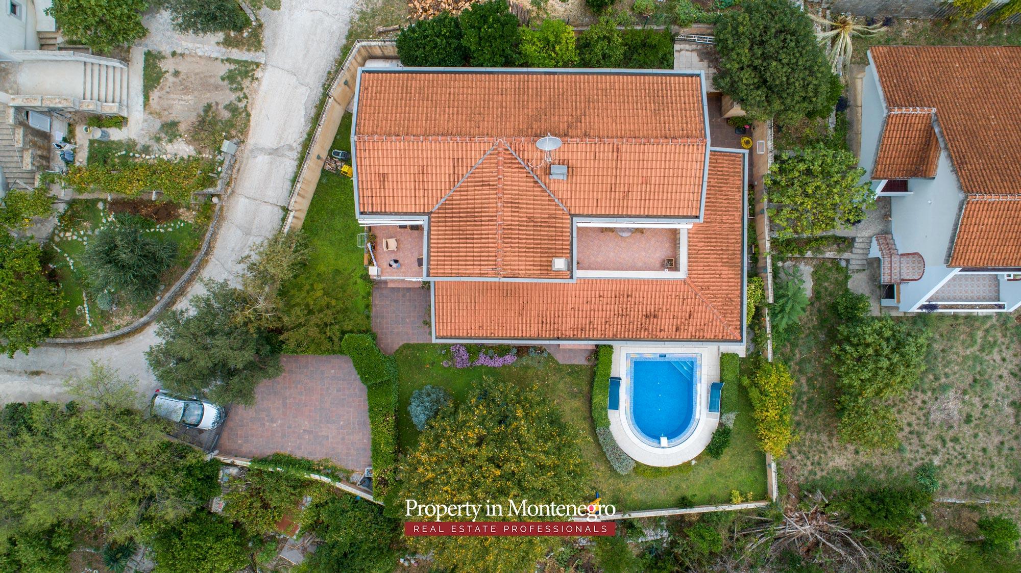 luxury-house-for-sale-in-Bay-of-Kotor (11).jpg