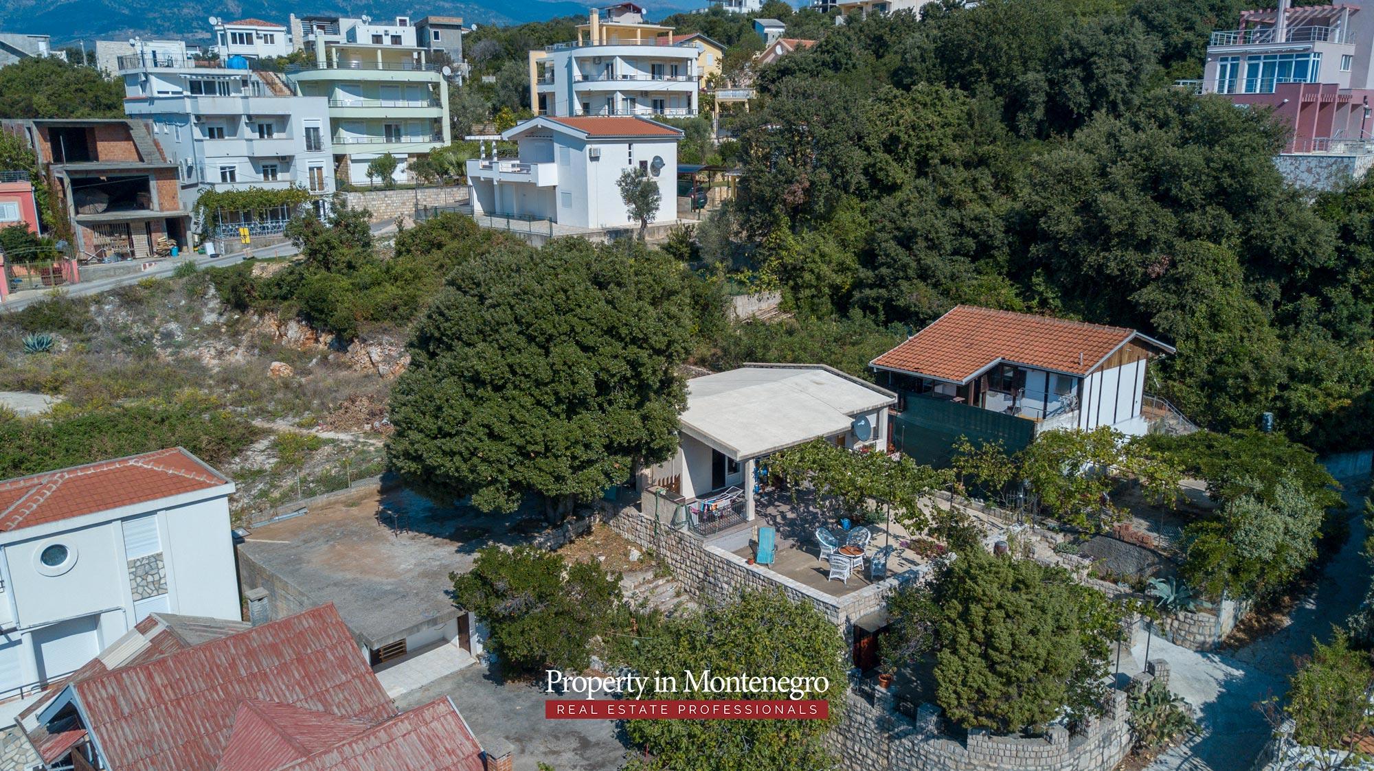 village-house-for-sale-in-hladna-uvala-real-estate-montenegro (7).jpg