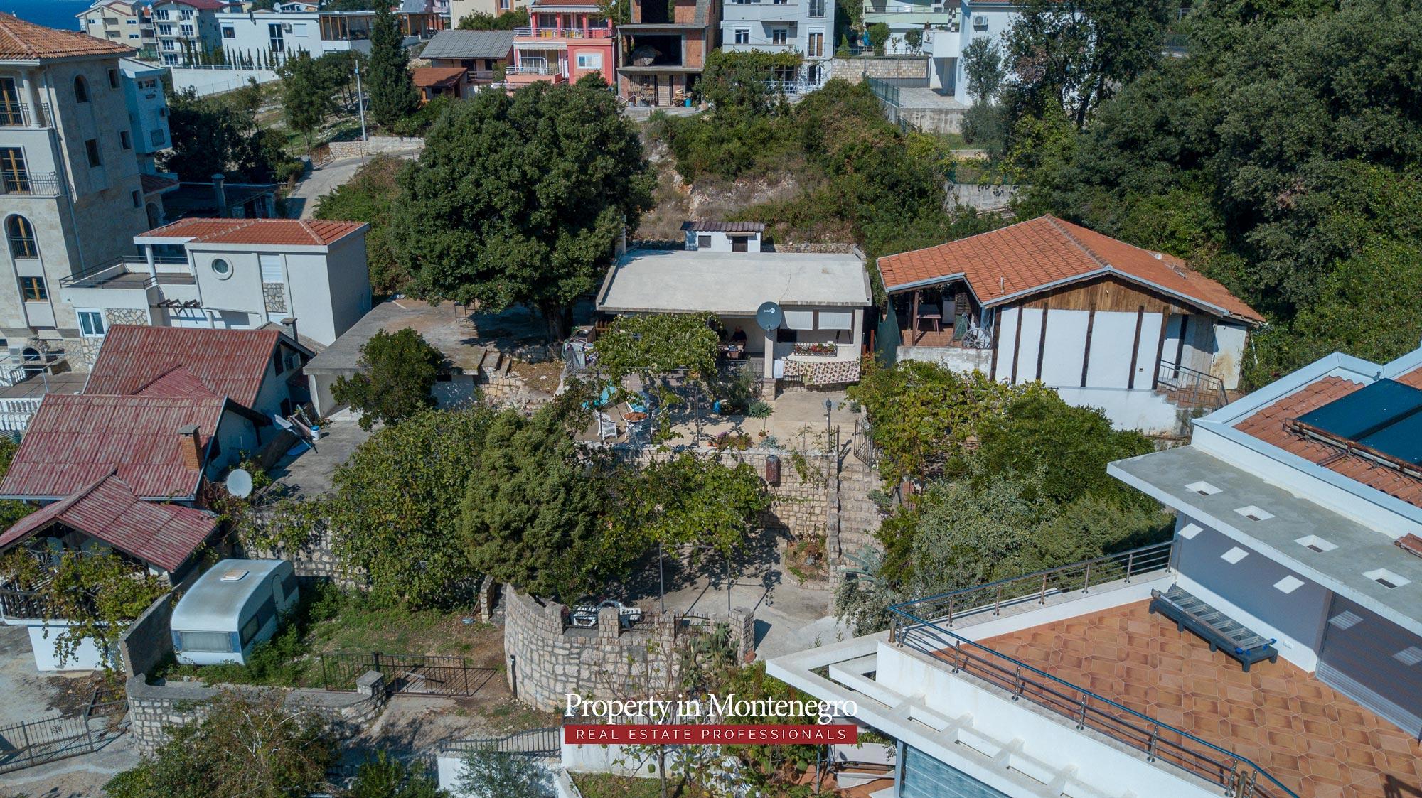 village-house-for-sale-in-hladna-uvala-real-estate-montenegro (8).jpg