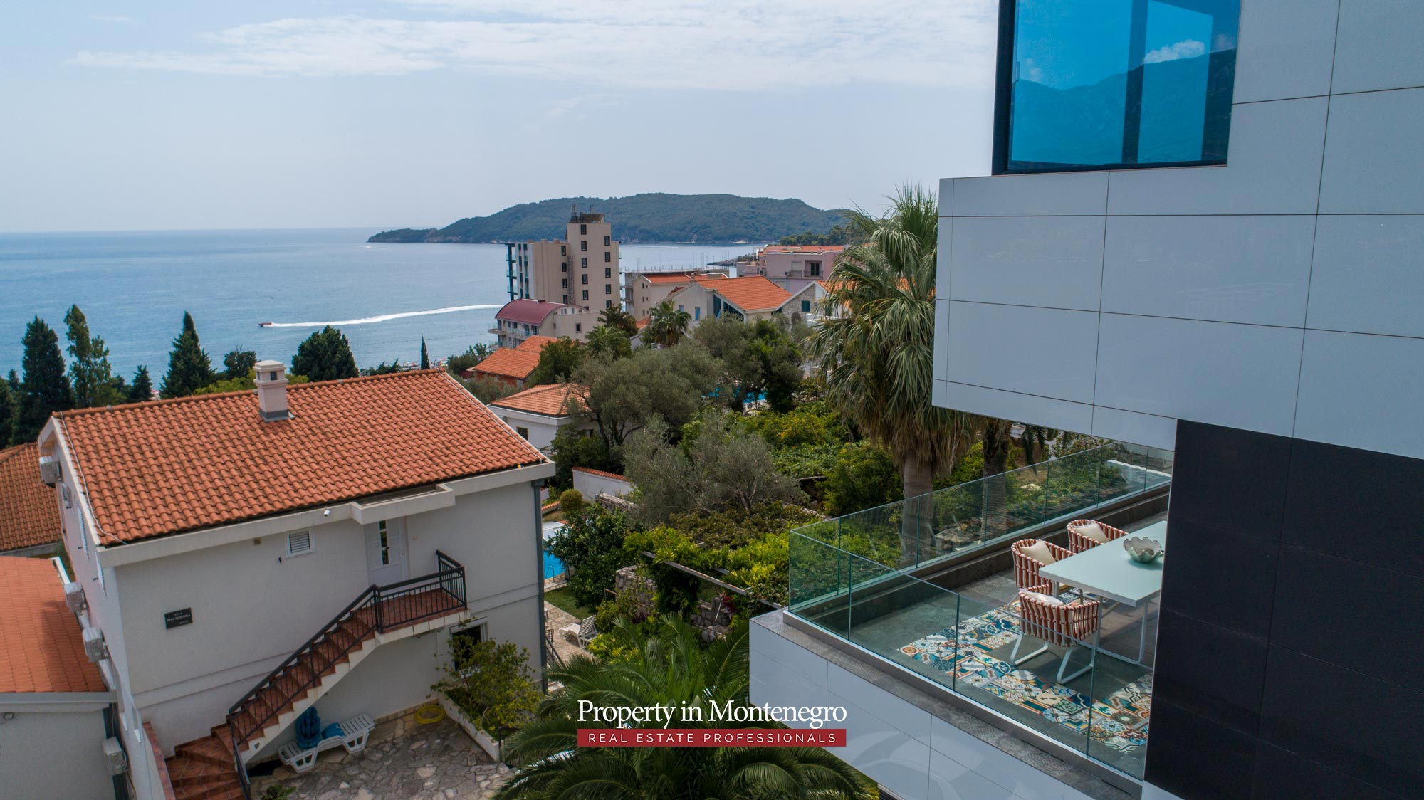 Luxury-villa-for-sale-in-Budva (10).jpg