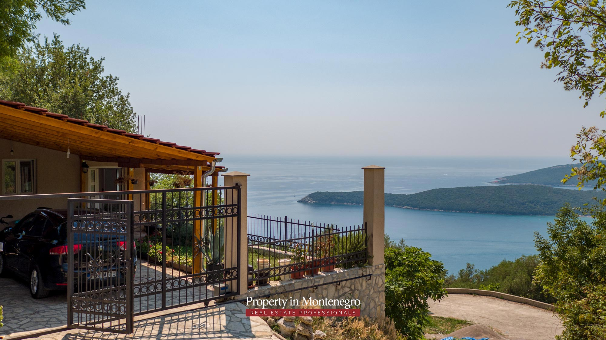 House-with-sea-view-for-sale-in-Budva (7).jpg