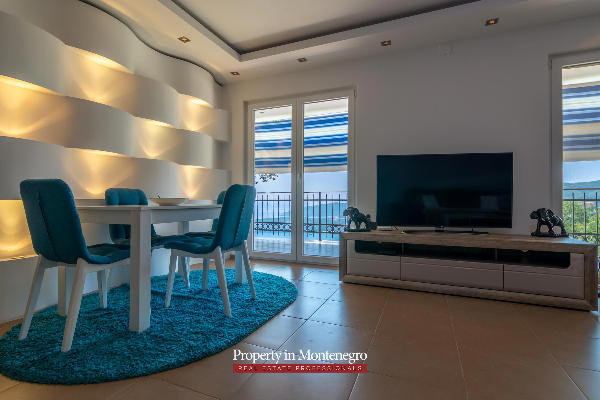 House with sea view for sale in Budva