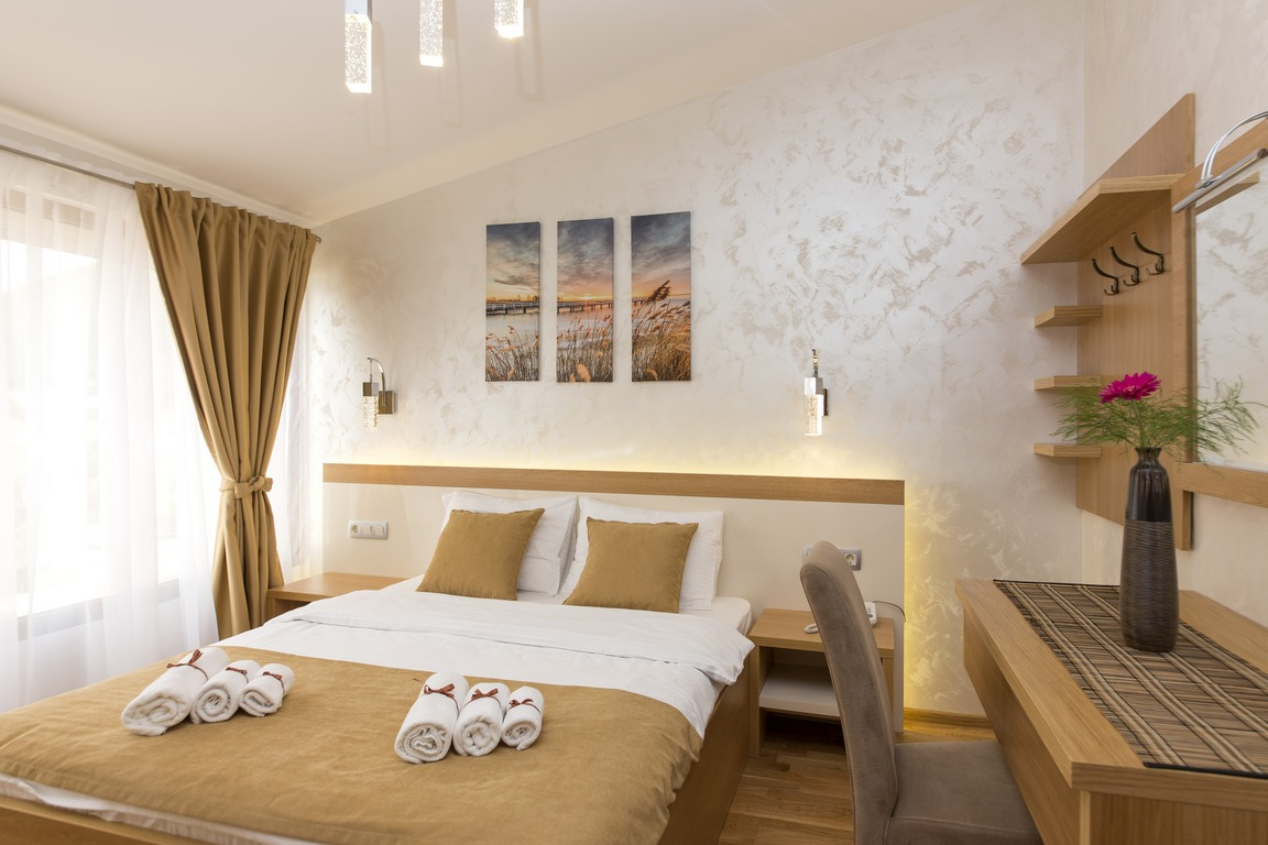 hotel-for-sale-herceg-novi-bijela2.jpg