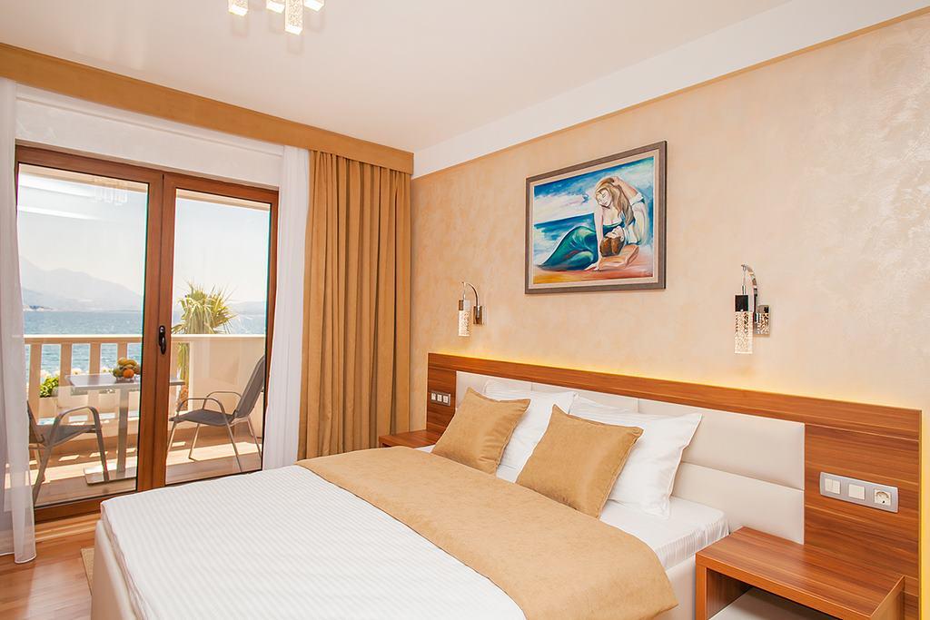 hotel-for-sale-herceg-novi-bijela9.jpg
