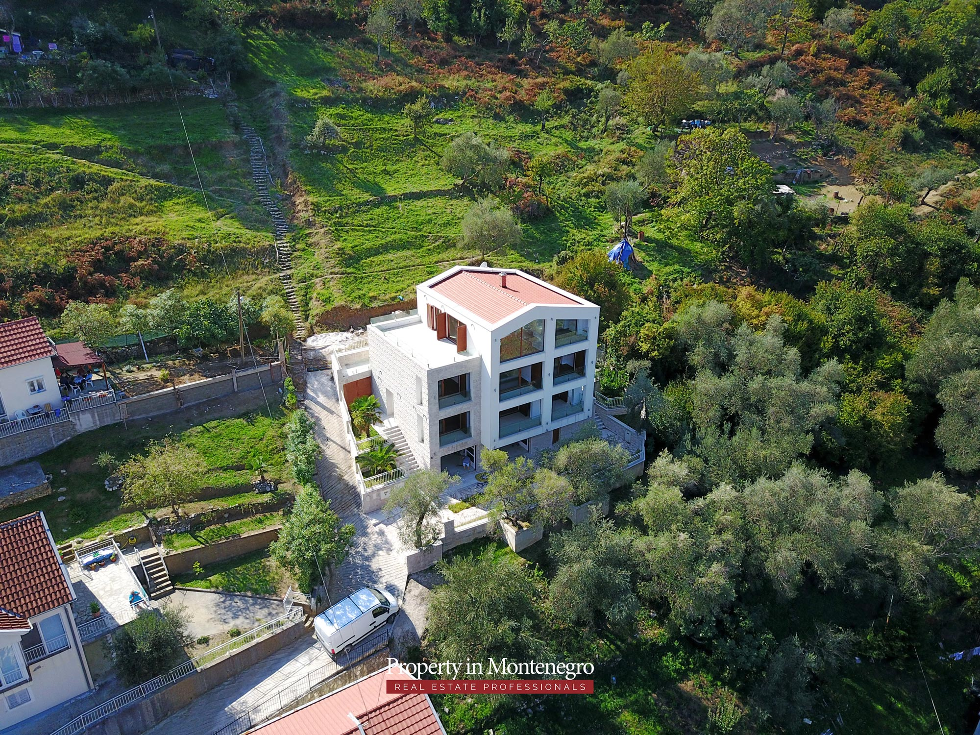 Luxury-villa-with-panoramic-sea-view-for-sale-in-Kotor (9).jpg