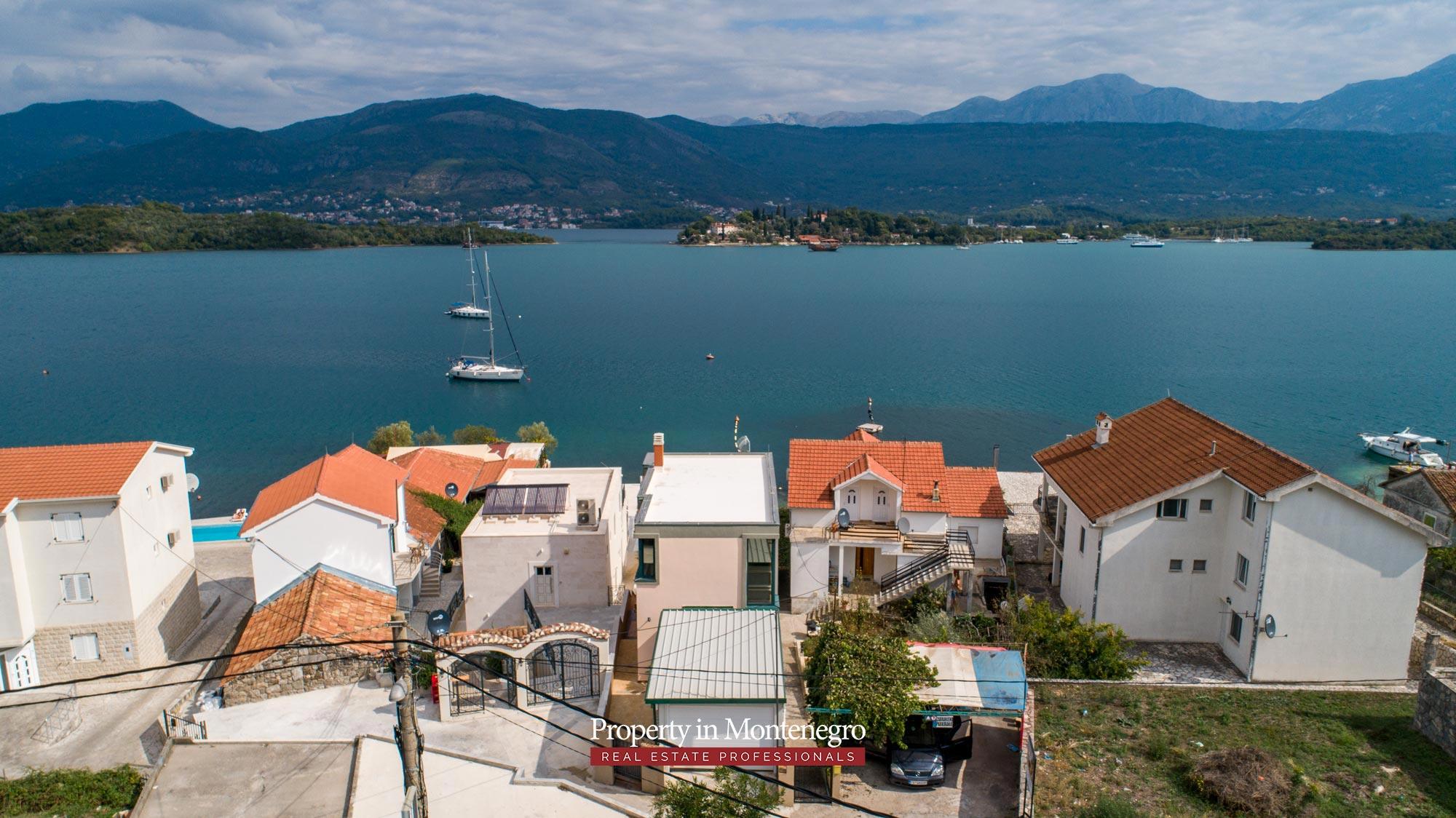 First-line-villa-for-sale-in-Tivat (6).jpg