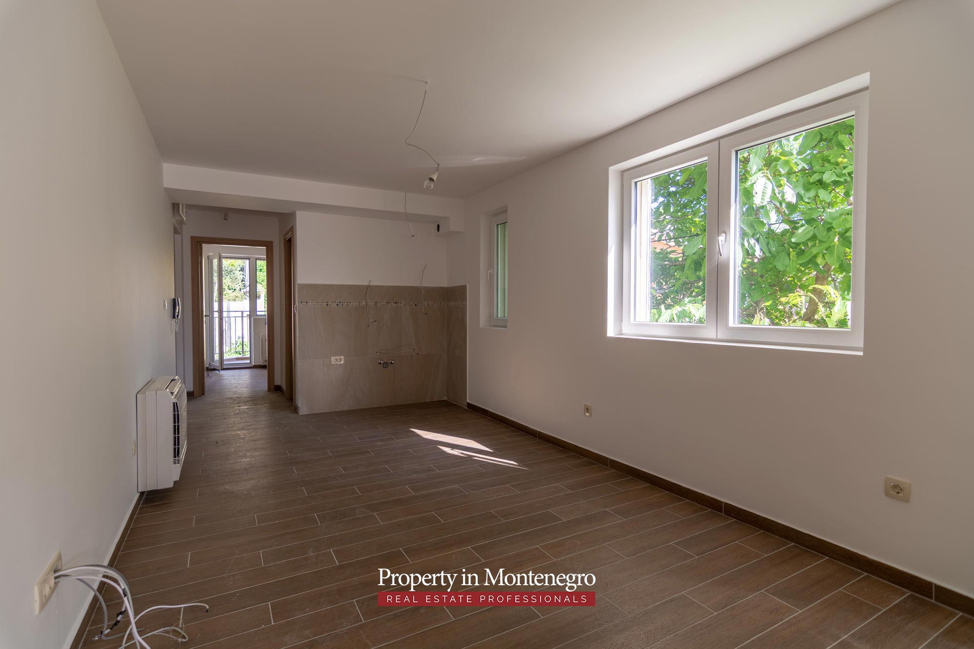 two-bedroom-apartment-for-sale-in-Tivat (3).jpg