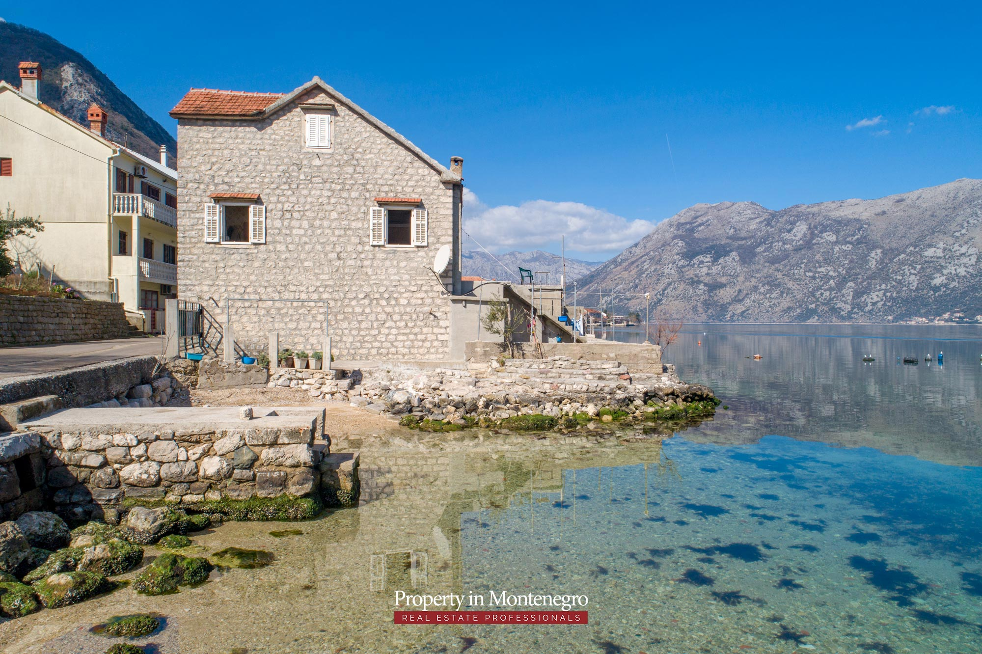 Waterfront-stone-house-for-sale-in-Kotor (12).jpg