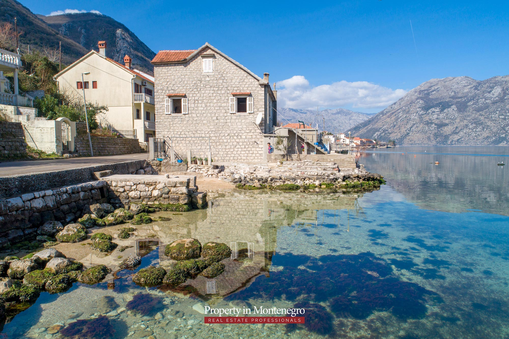 Waterfront-stone-house-for-sale-in-Kotor (14).jpg