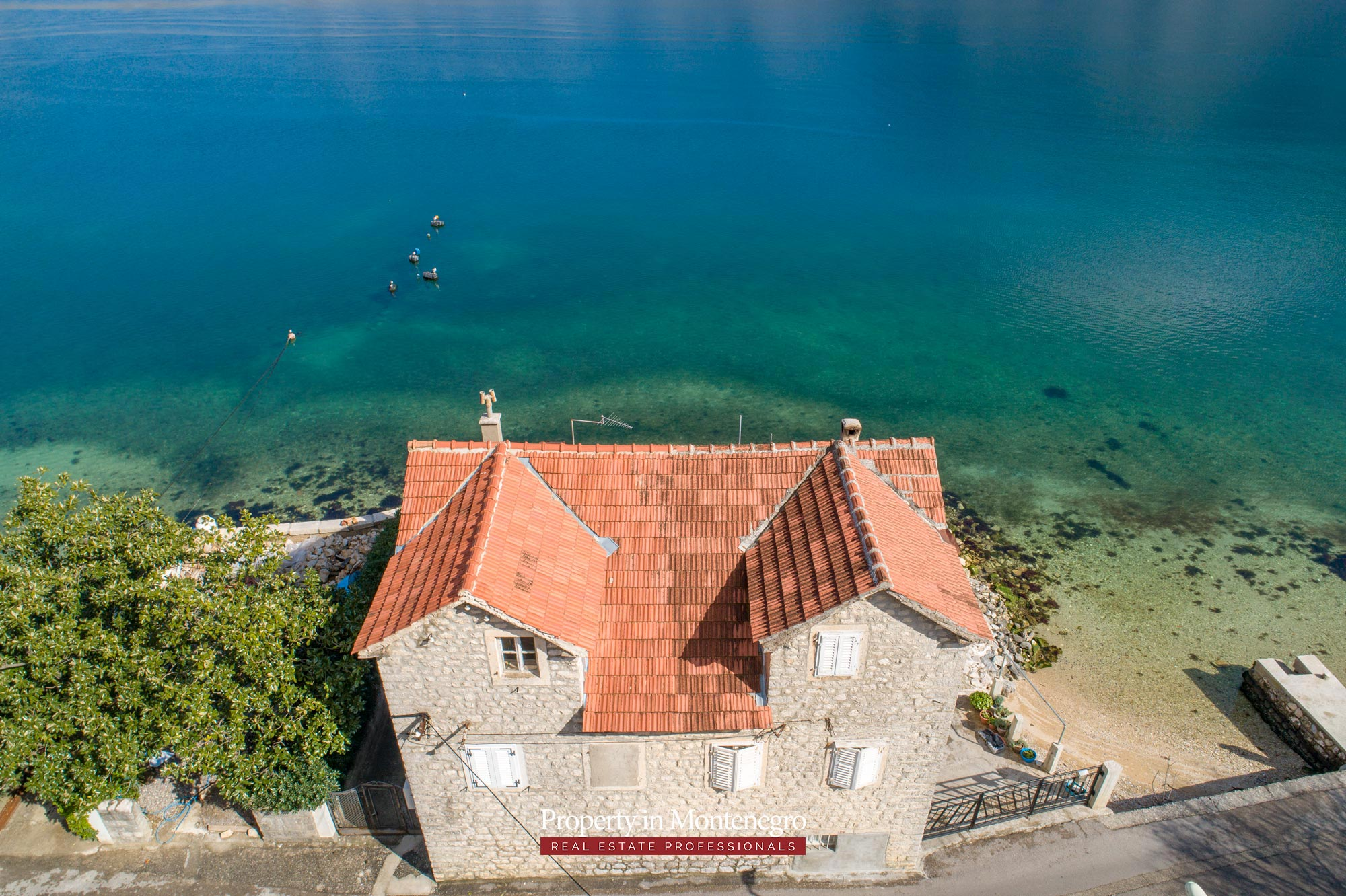 Waterfront-stone-house-for-sale-in-Kotor (20).jpg