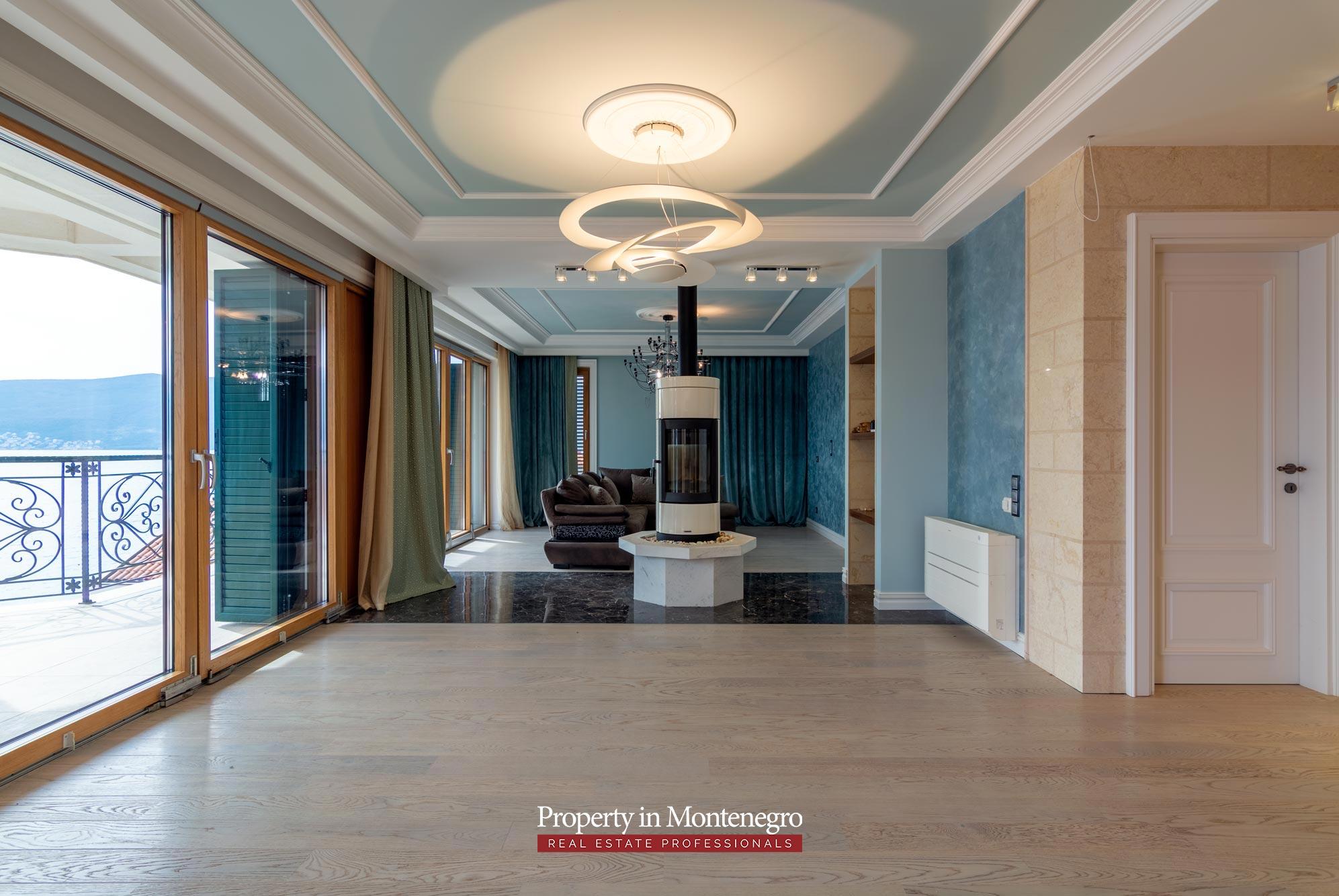 Luxury-waterfront-villa-for-sale-in-Montenegro (22).jpg