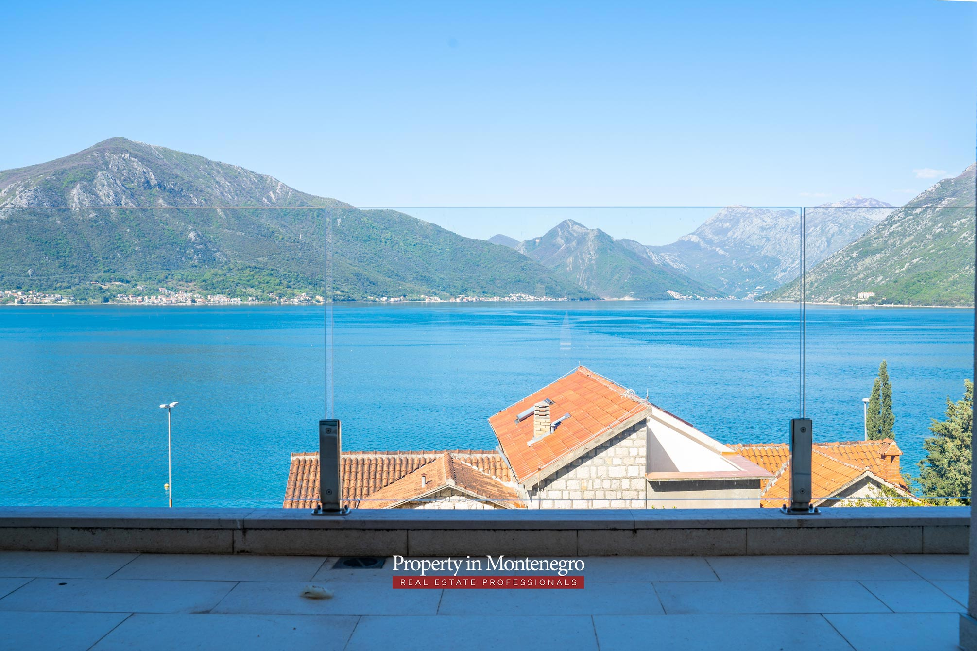 Duplex apartment for sale in Kotor