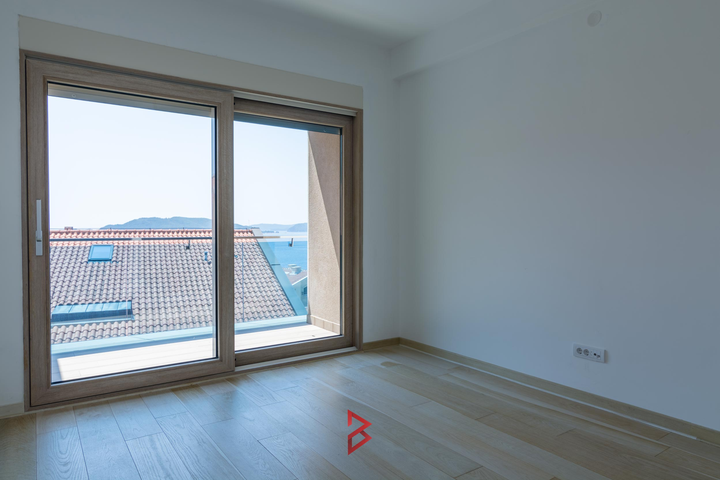 Penthouse for sale in Budva