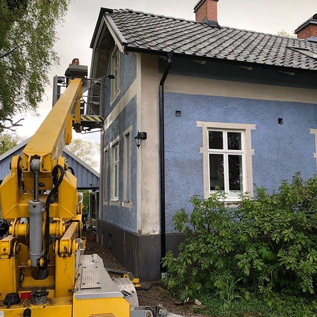 Tvättat hus nu på morgonen ❄️💨💦🌫#hjärupsmåleriab #tvättahus#coloramalund #alcro #alcropro #ingensol