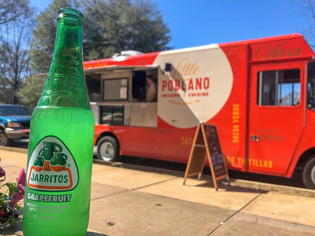 Grab a @jarritos with your order on this beautiful day! In front of nott hall on the quad 11-2:30pm