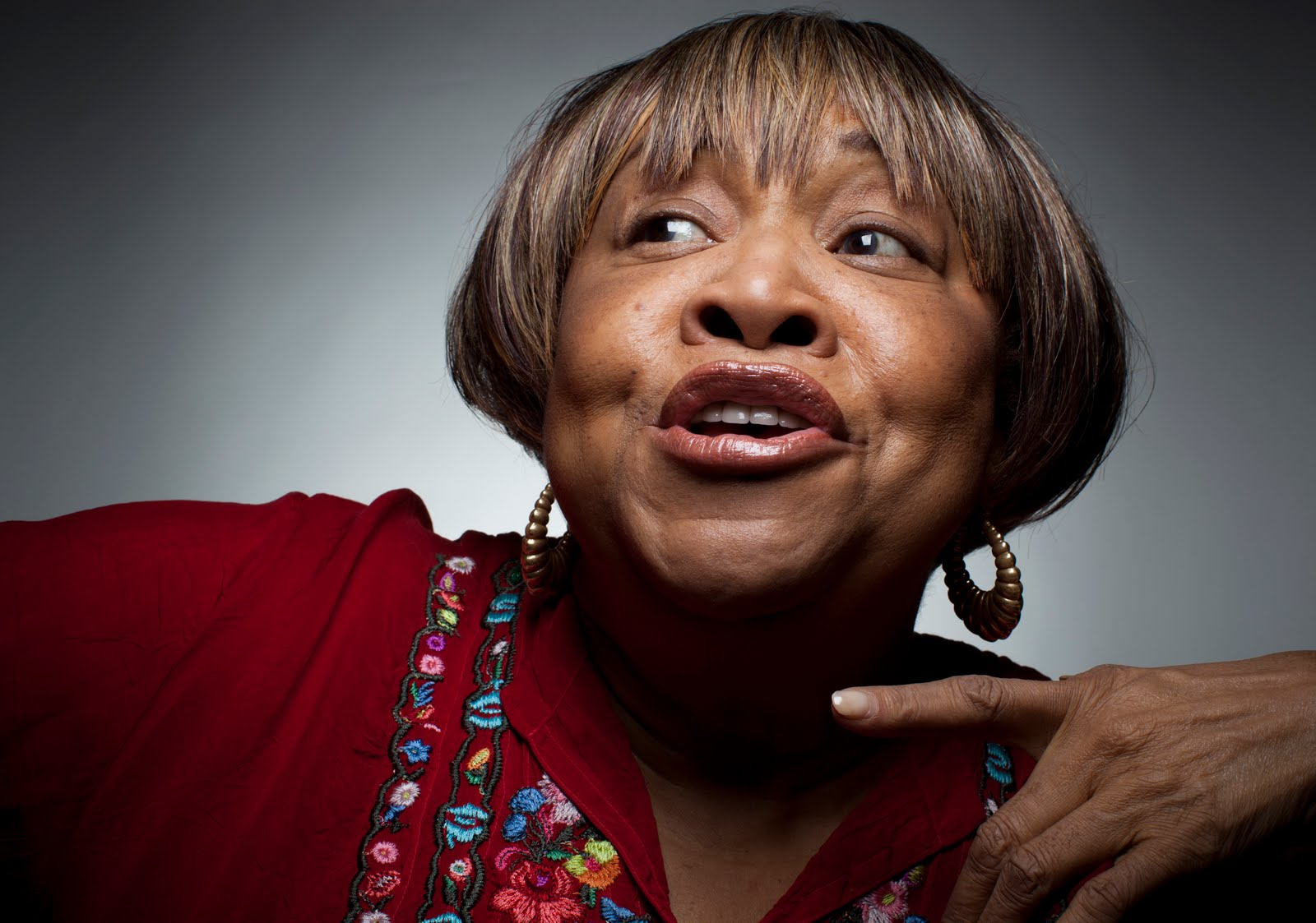 "MAVIS STAPLES FRIDAY, APRIL 7   A Grammy Winner and recent Kennedy Center honoree, Mavis Staples has more than cemented a legacy as one of the most distinctive voices in the past 60 years of American music. Mavis is the voice behind such Staple Singer hits as ""I'll Take Your There"" and ""Respect Yourself"" and has recently collaborated with artists like Arcade Fire, Wilco and more!"