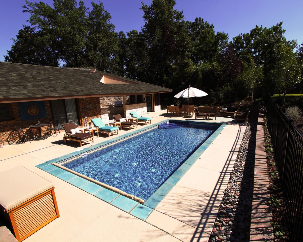 50 - Rectangular Pool