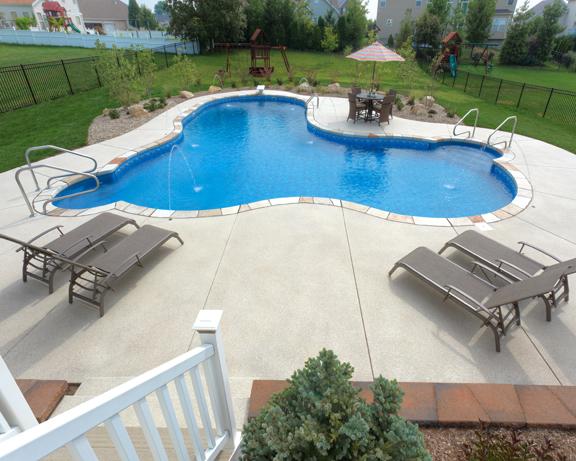 38 - Freeform Pool