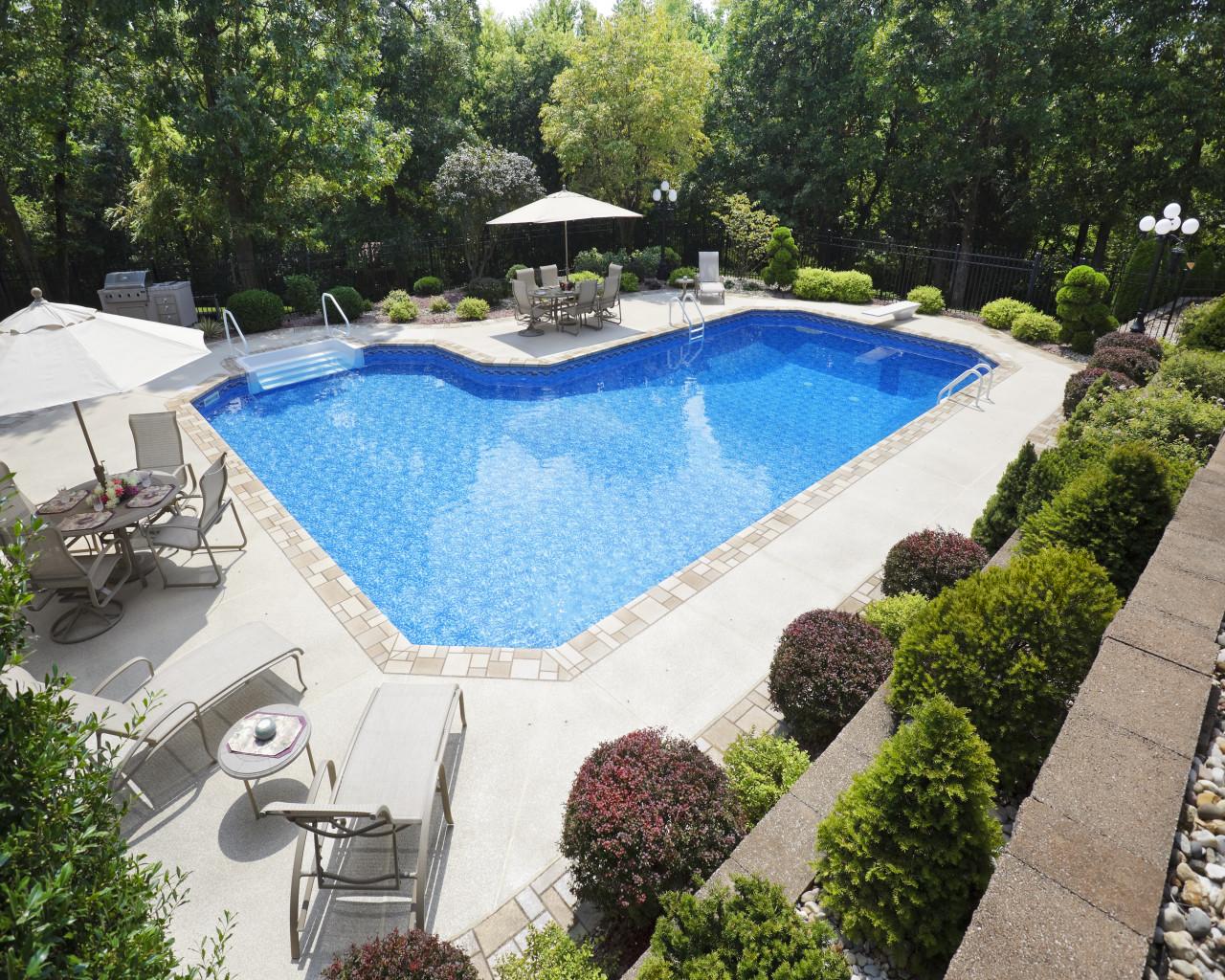 34 - Ell Pool