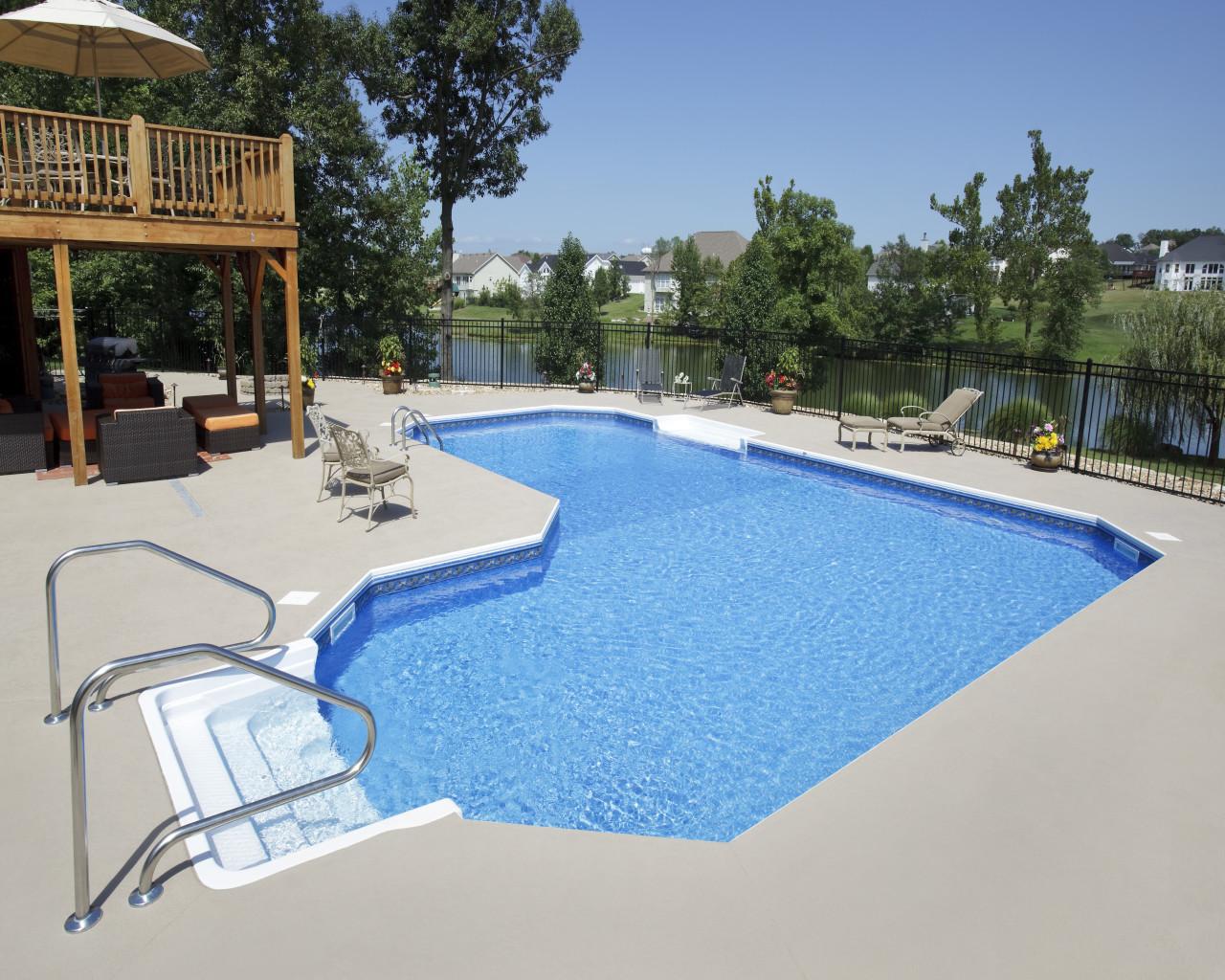 31 - Ell Pool