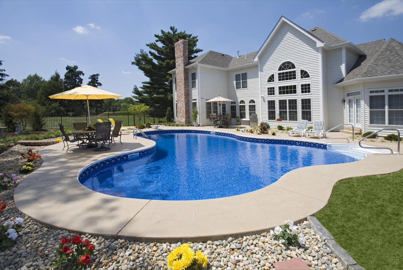 10 - Lagoon Pool