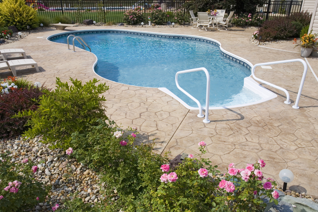 6 - Lagoon Pool