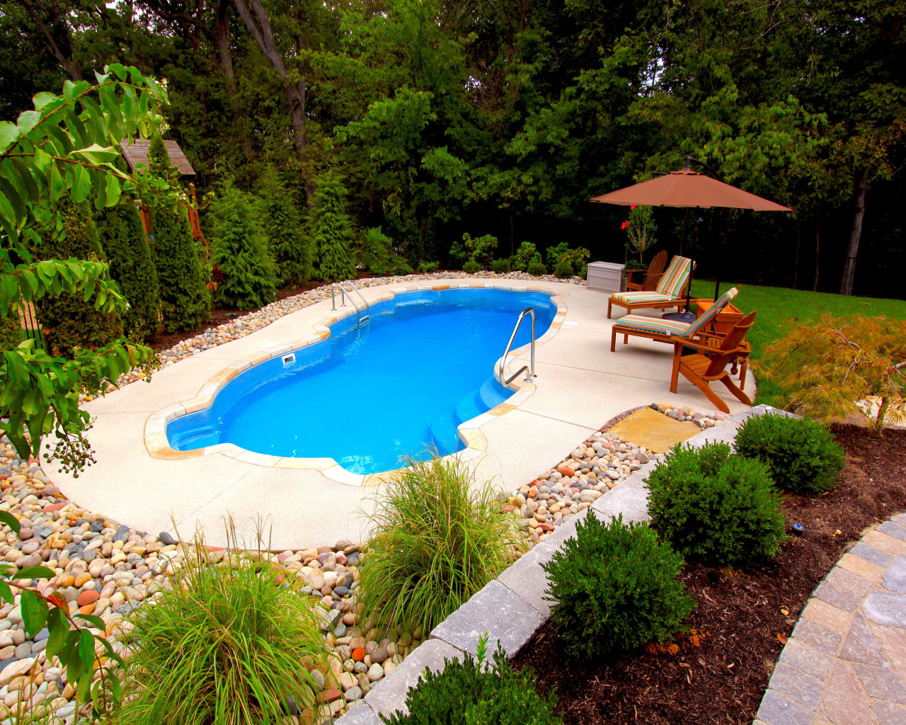 14 - Utopia Pool