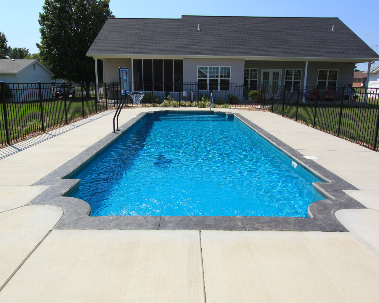 13 - Regulus Pool