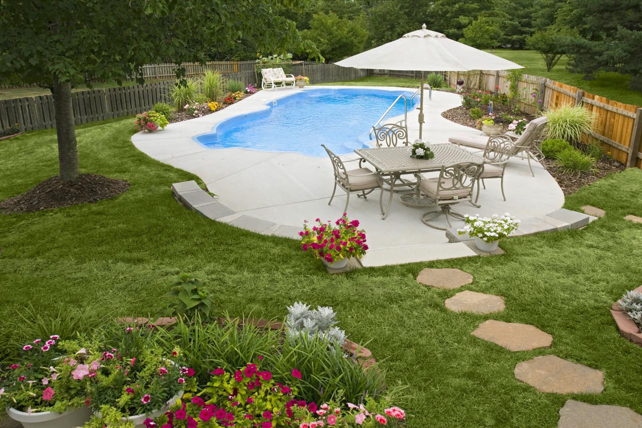 4 - Utopia Pool