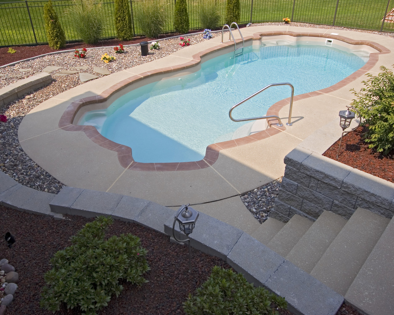 2 - Utopia Pool