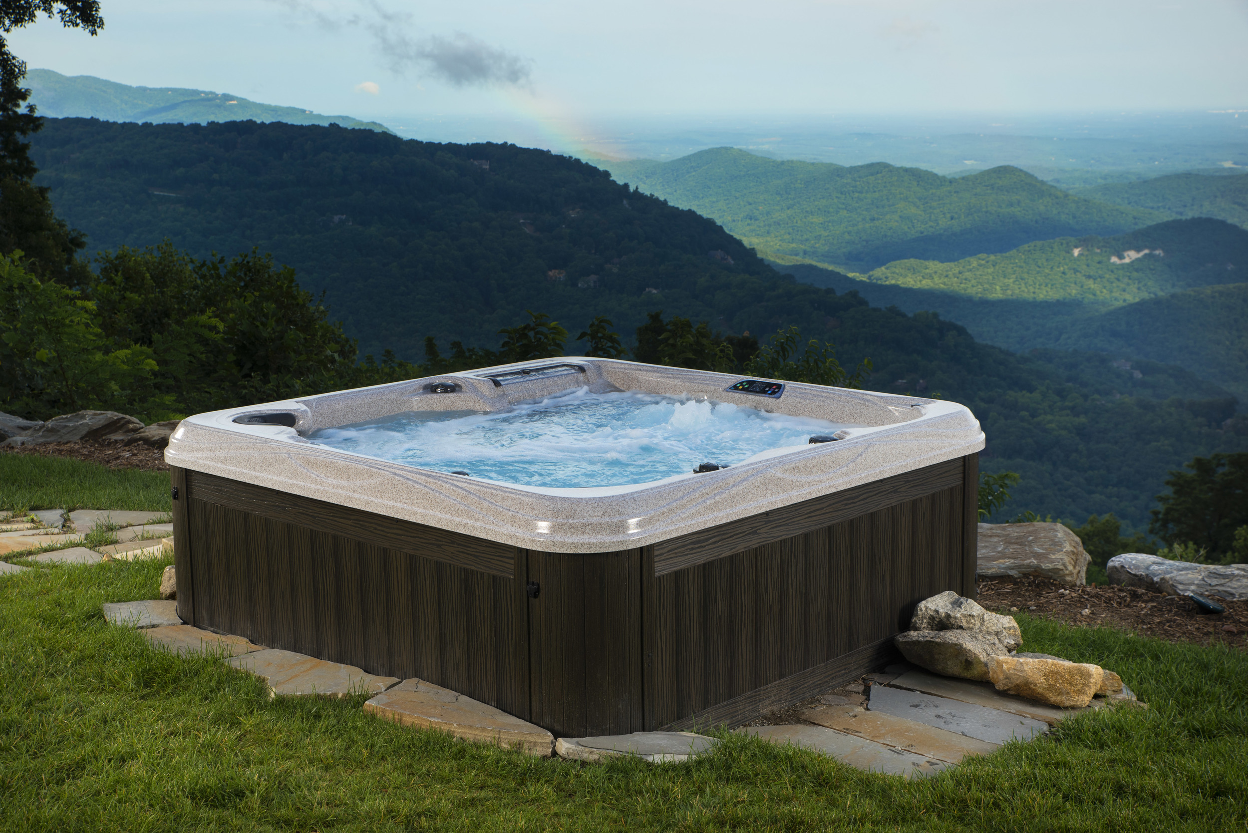 Island Elite Spas from Prestige Pools and Spas- The only Artesian Spas dealer in the greater St. Louis metro area.