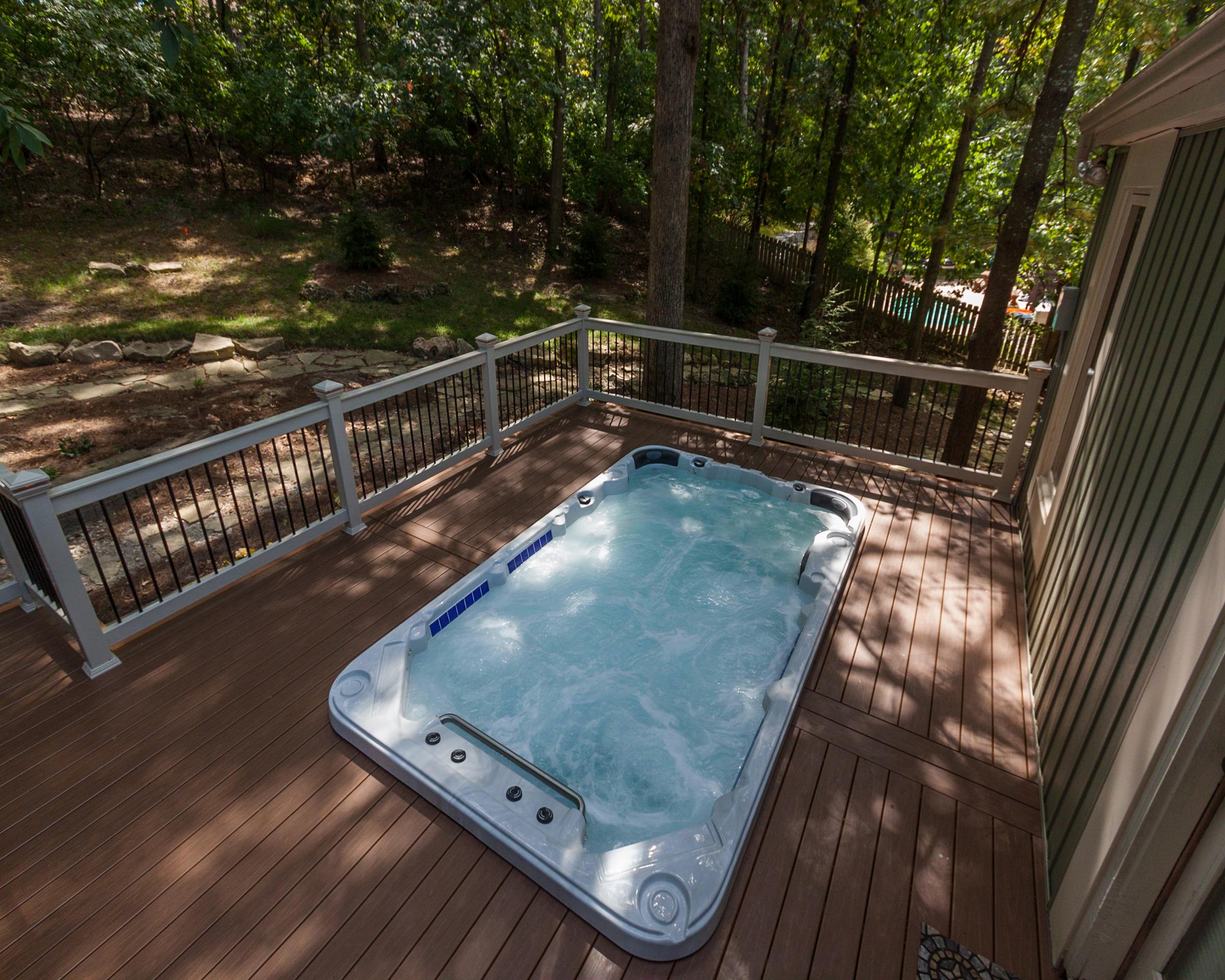 2016 - Gold - Prefab Hot Tub