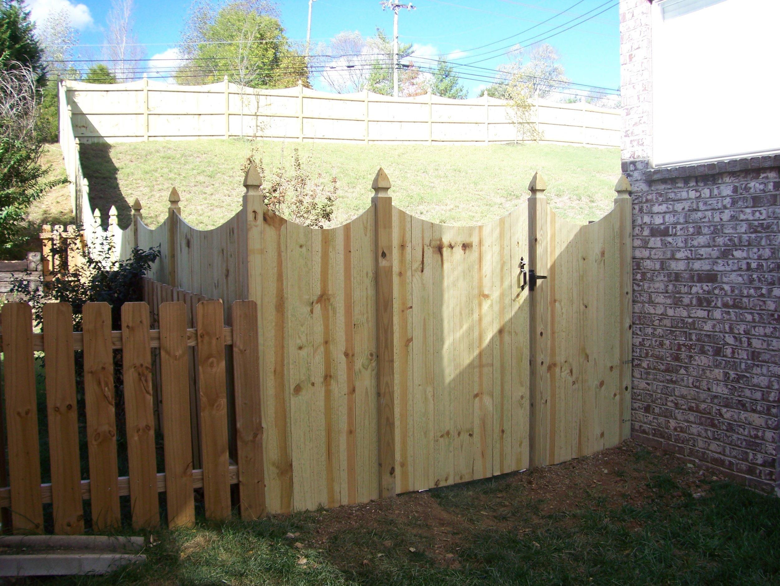 fence 002.jpg