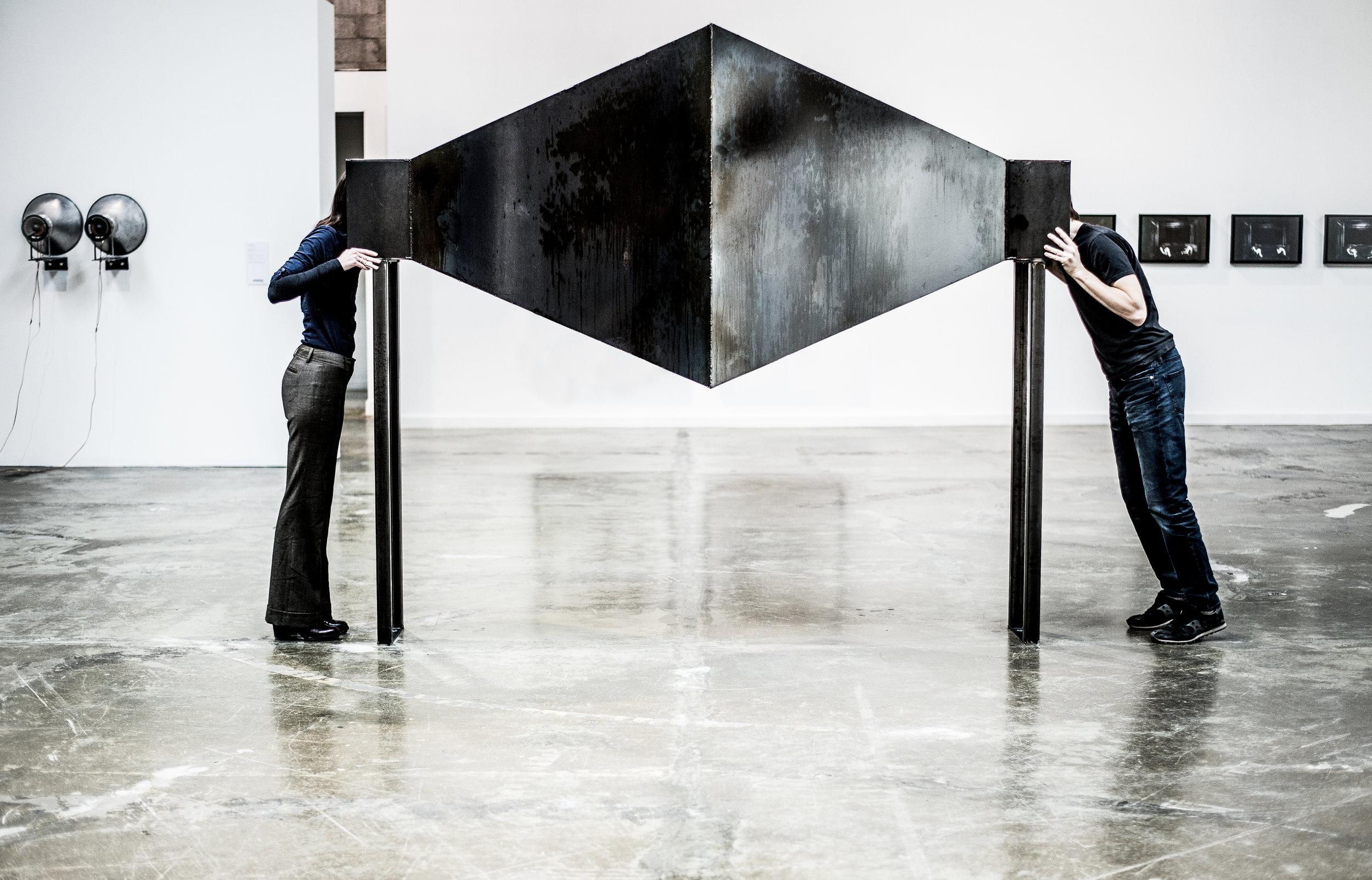 Face à face [série Dialogues], 2015. Installation en acier /Installation in steel.   © dominique t skoltz