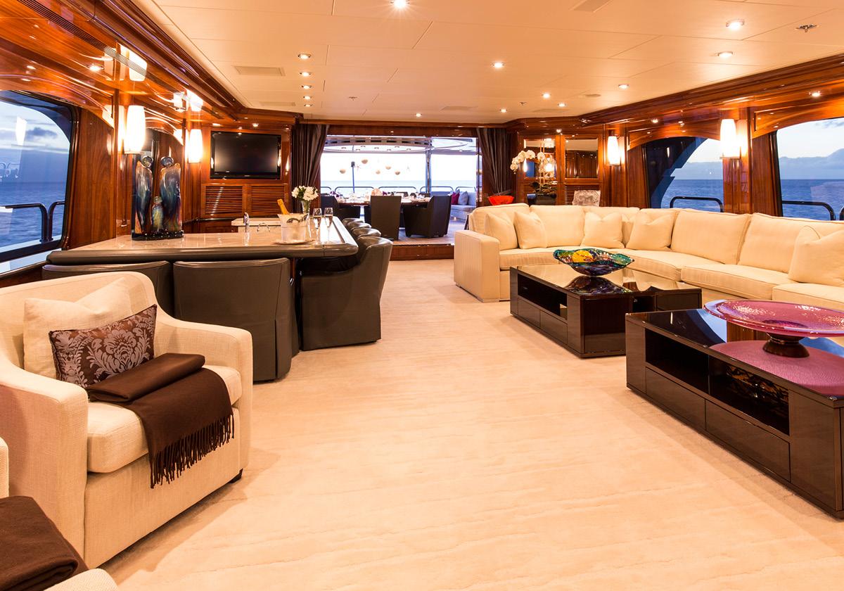 162'-Christensen-REMEMBERWHEN-Yacht-Photo-9.jpg